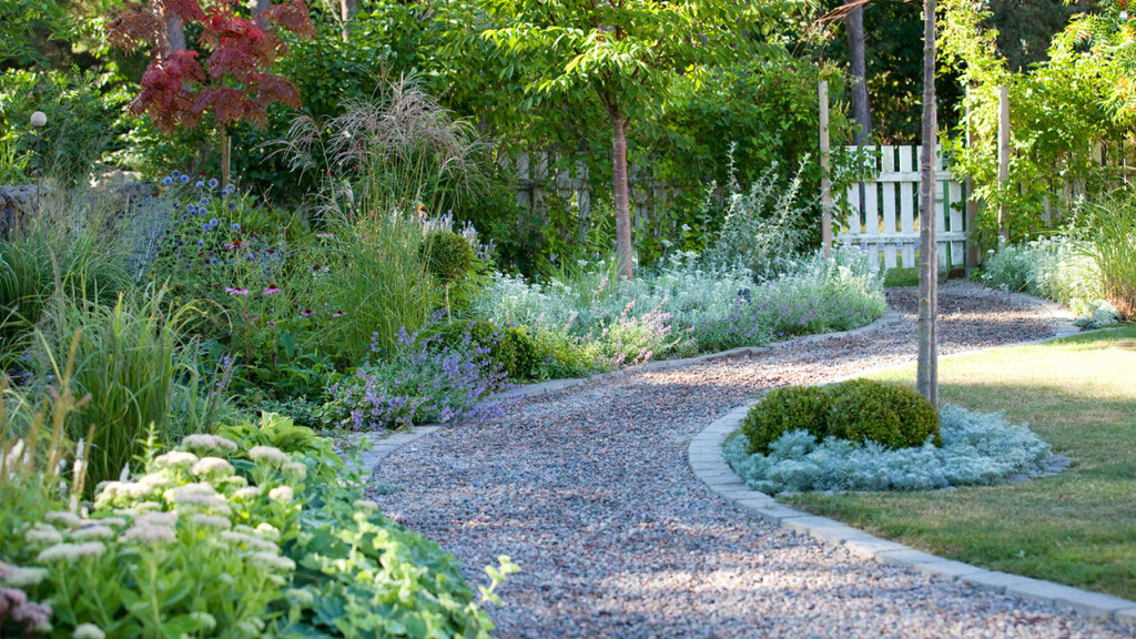 Se hur då skapar en mer miljövänlig trädgård