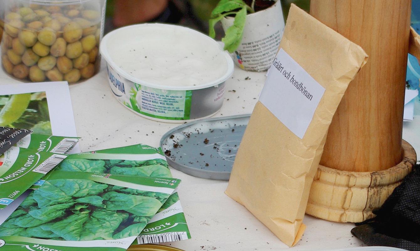 Förvara dina fröer i en papperspåse