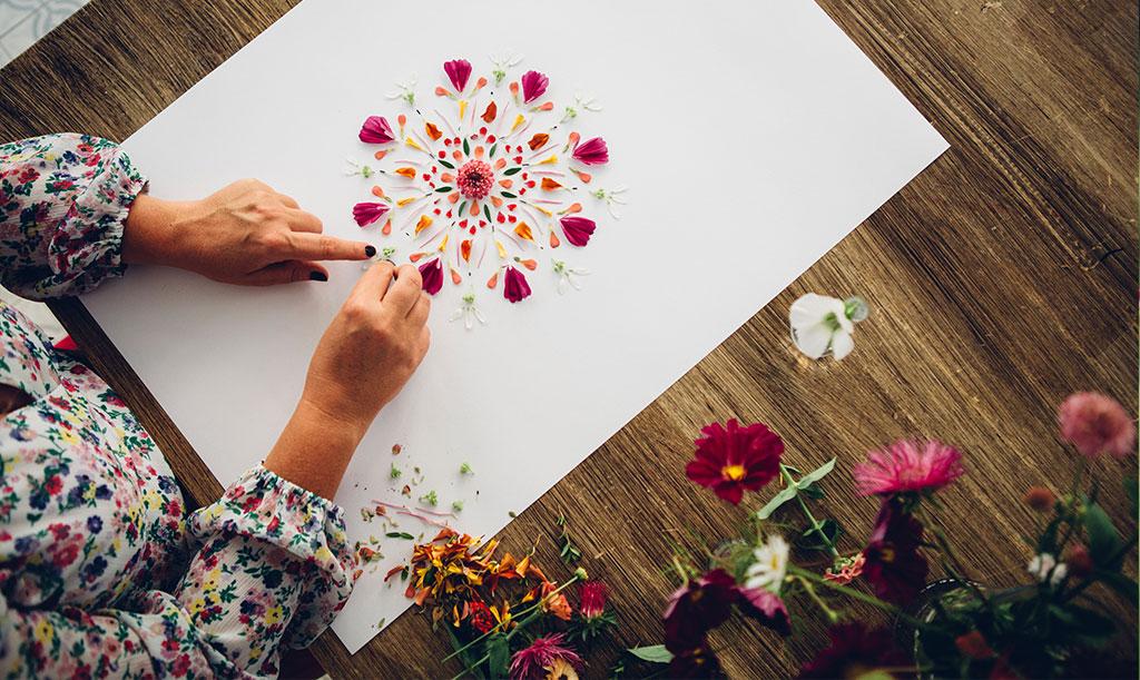 Blompillandet är en slags frizon, där du får kreera utan ramar. Foto: Katja Ragnstam